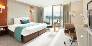 Bedrooms at Crowne Plaza London Docklands