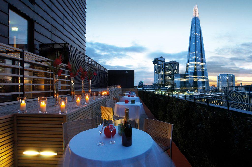 Hilton Tower Bridge outdoors