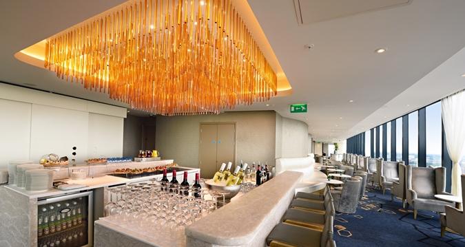 Hilton Manchester Deansgate bar